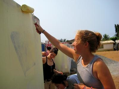 Volunteers Painting in Kasoa, Ghana