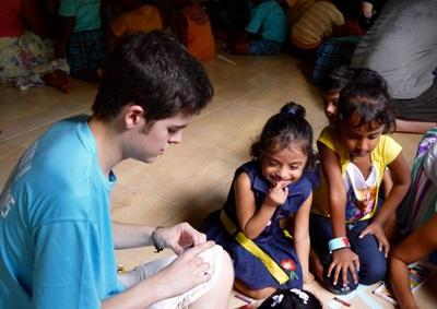 Scouts volunteer on Care project in Sri Lanka