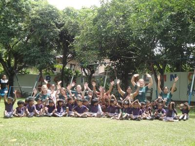 Volunteers in Sri Lanka on Care and Community group trip