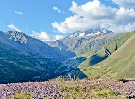 A great shot of part of the Andes Mountains that runs through Peru